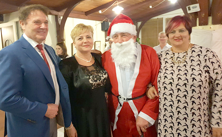 Bal Românesc Dedicat Sărbătorilor De Iarnă